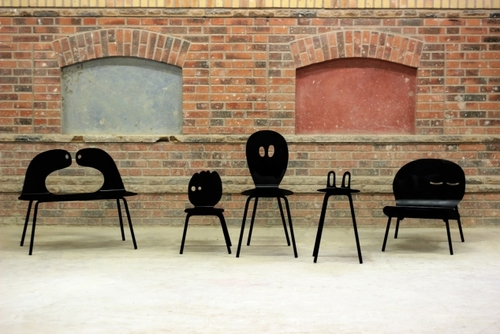 Lunatiques: a family of chairs
