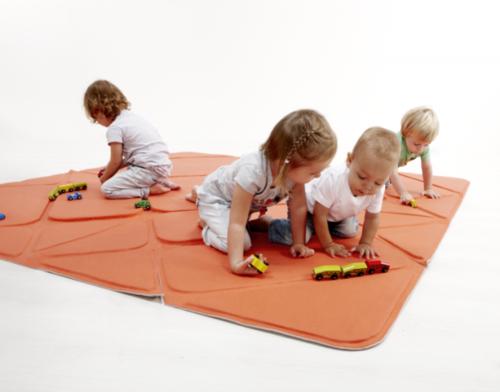 hoppetee-playmat-for-kids