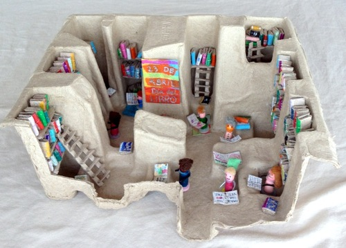 diy-library-from-recycled-materials