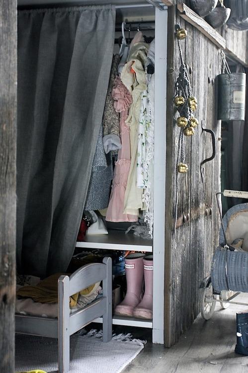 hidden-closet