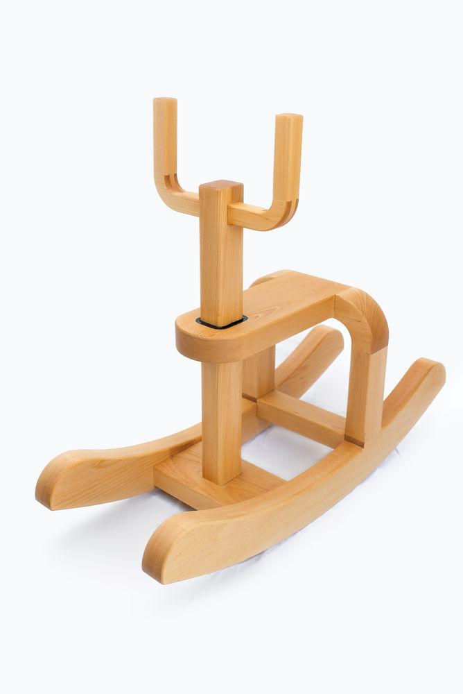morloco-rocking-chair-by-antonito-y-manolin