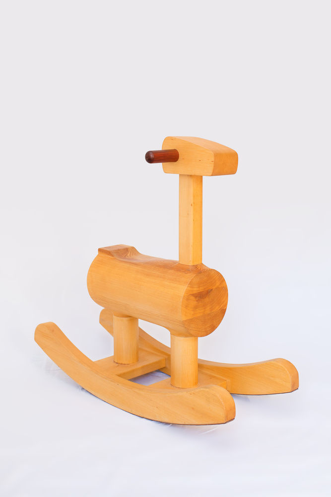 rechoncho-rocking-chair-by-antonito-y-manolin