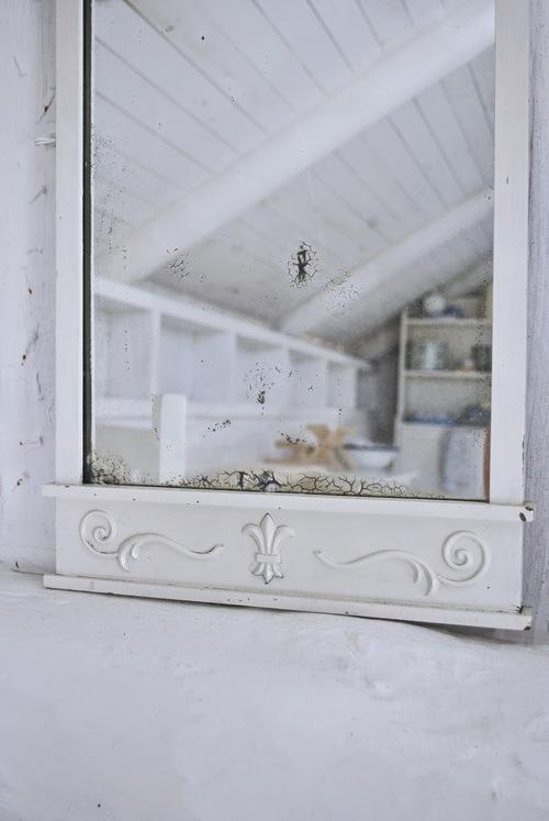 antique-mirrow
