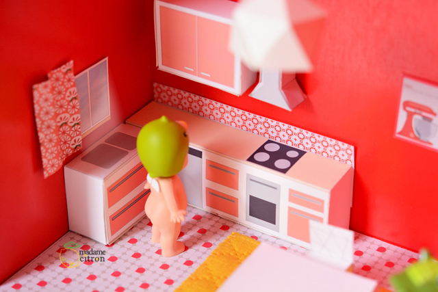 Printable paper furniture to make easy dollhouses