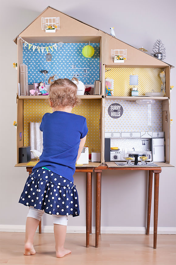 5 ways to make a dollhouse