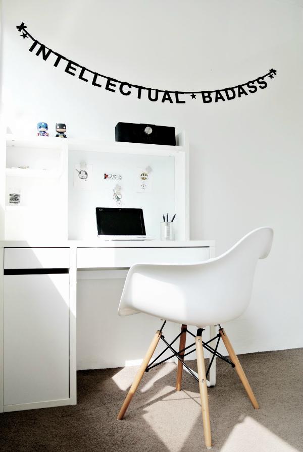 boys-bedroom-eames-chair