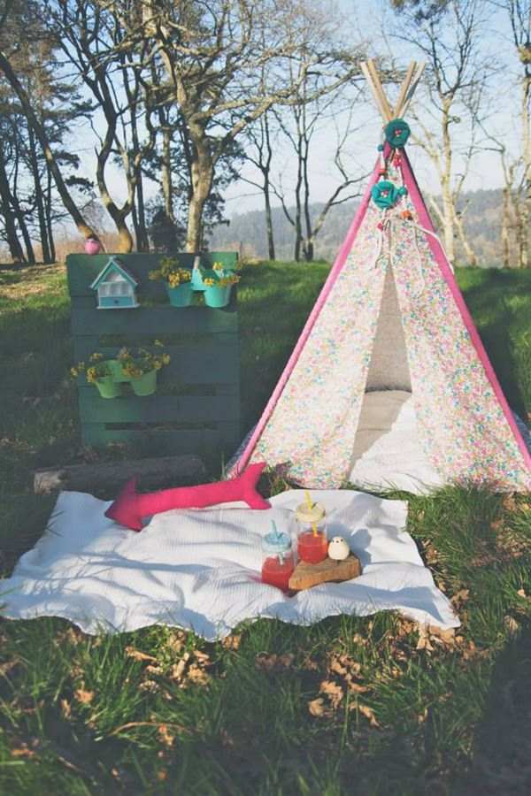 children-pink-tipi3
