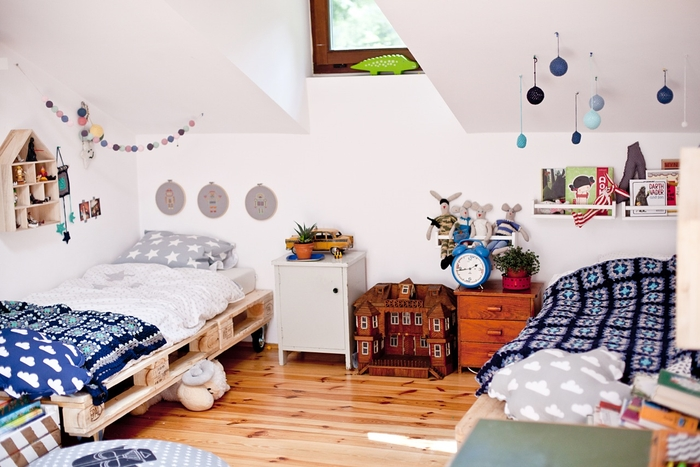 shared-childrens-room