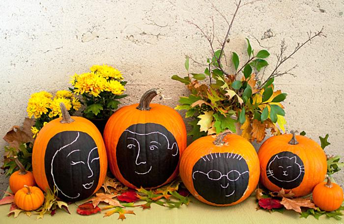Chalkboard Paint Doodle Pumpkins