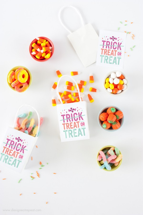 Free Downloadable Decor for Halloween