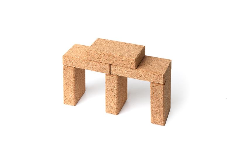 hory-bloc-cork-toy