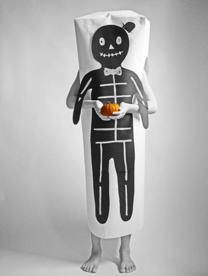 paper-halloween-skeleton-costume