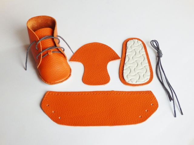 The cutest shoe making kit - Petit & Small