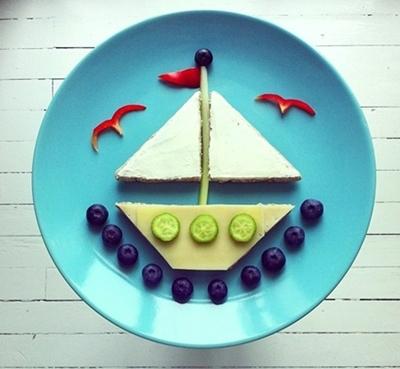 funny-food-boat5