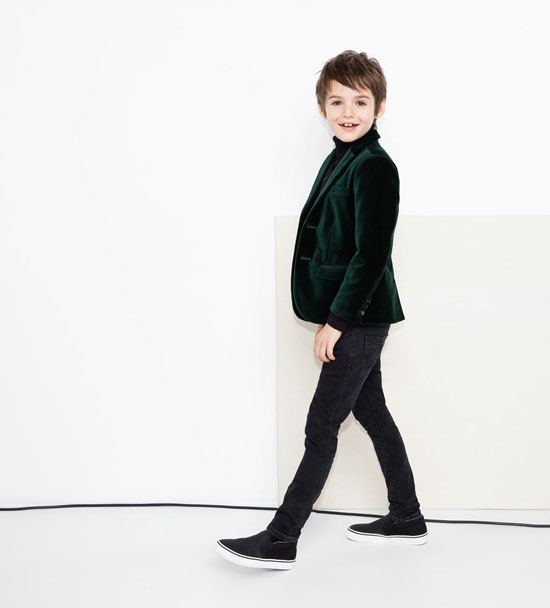 Zara Kids is preparing Christmas and it has just launched a special ...