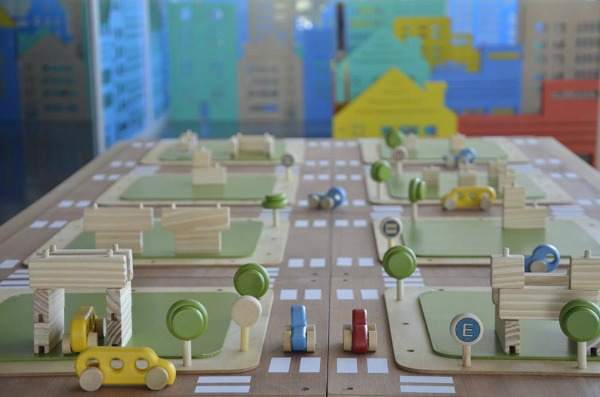 Installation by Tractor Verde for the Inventando Ciudades (Inventing Cities) exhibition