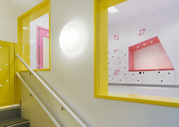 cool-nursery-stairs3