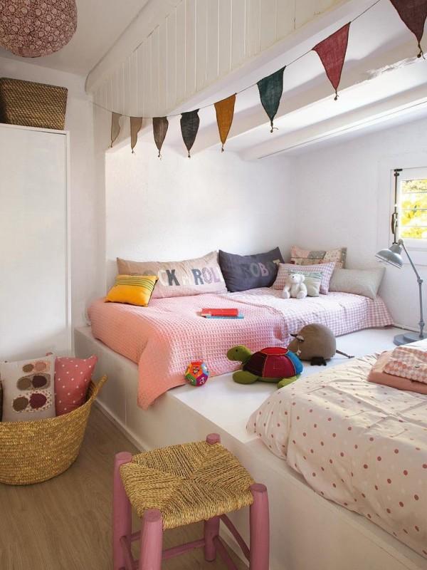 pink-sisters-room10