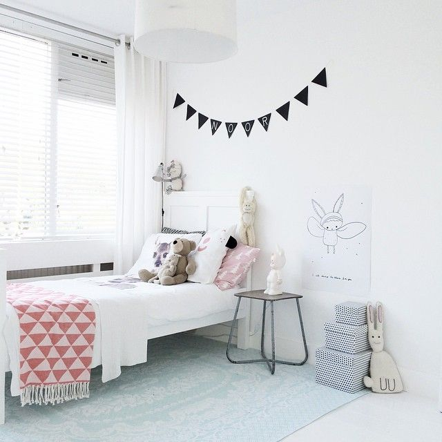 pink-white-girl-room8