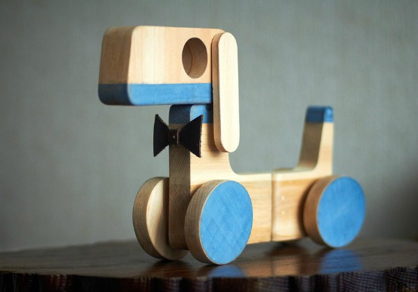 Love the modern, graphic look of Mihai Stamati's toys