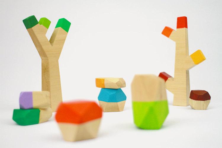 wooden-toys-sticks-stones