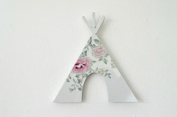 Cute tepee wall hanging made from a vintage plate