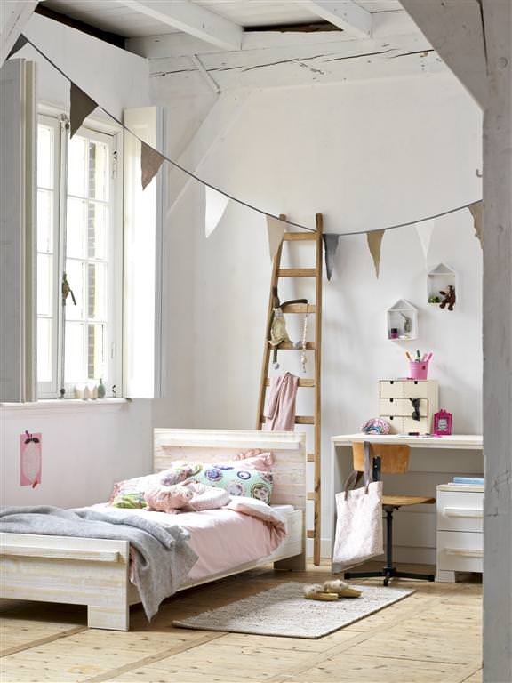 Furniture for Kids by Coming Kids