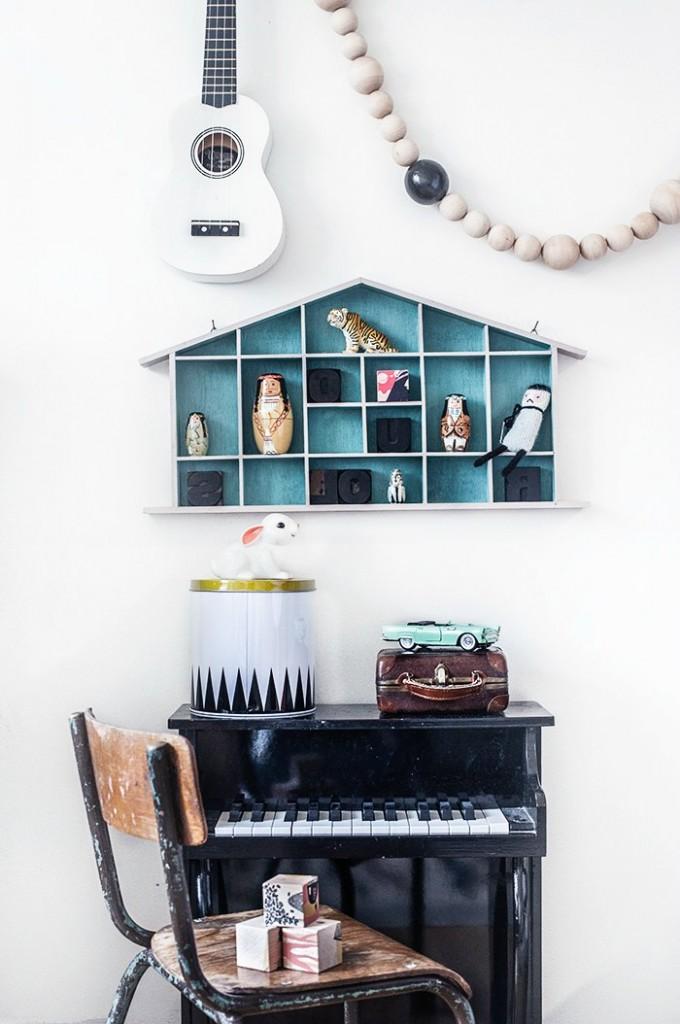 vintage-girl-room