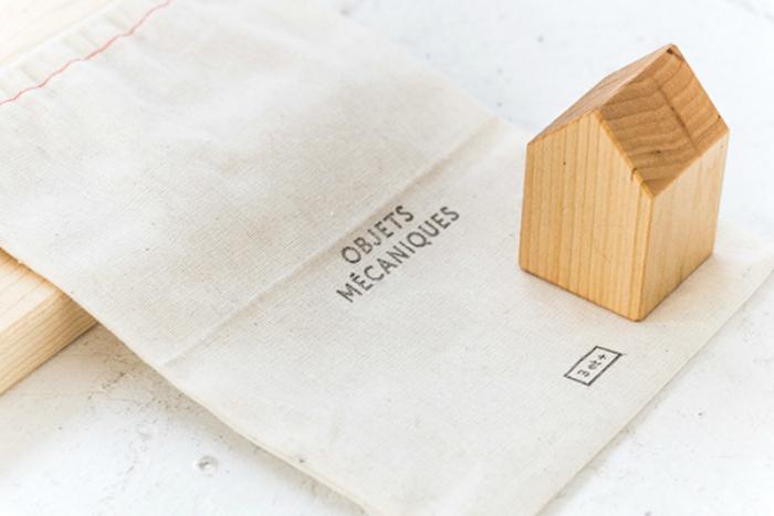 wood-toy-little-houses-objets-mecaniques