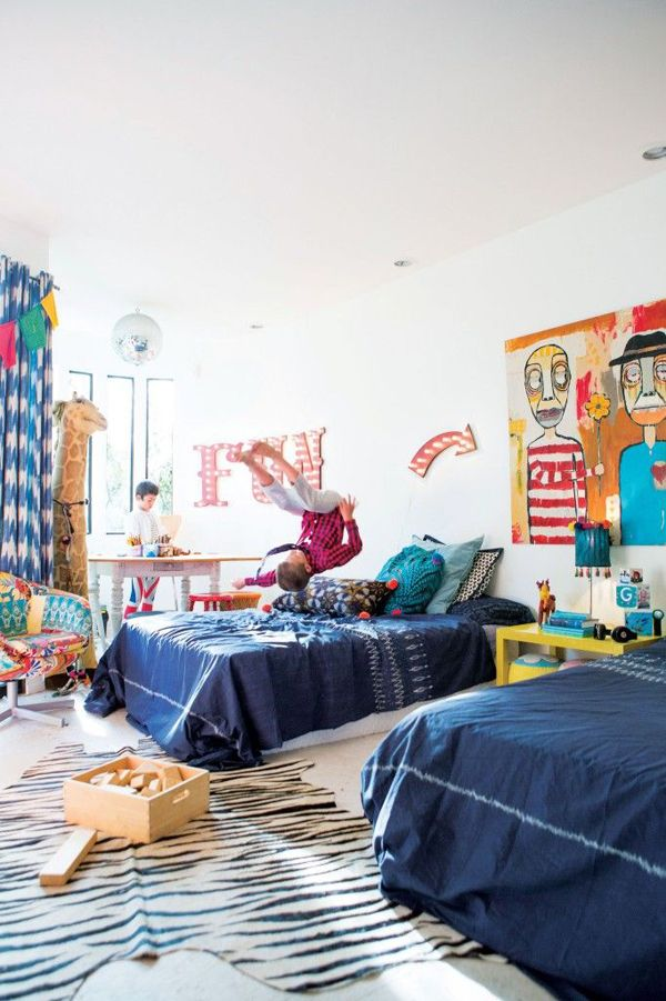 colorful-shared-room