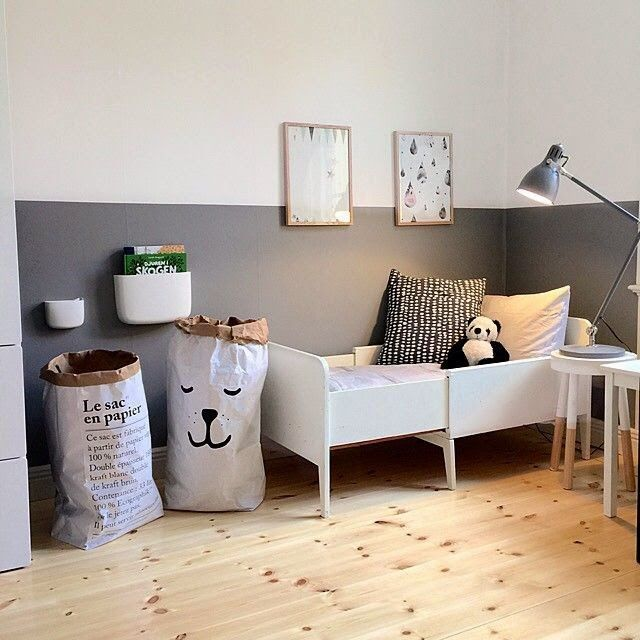 monochrome-toddler-bedroom