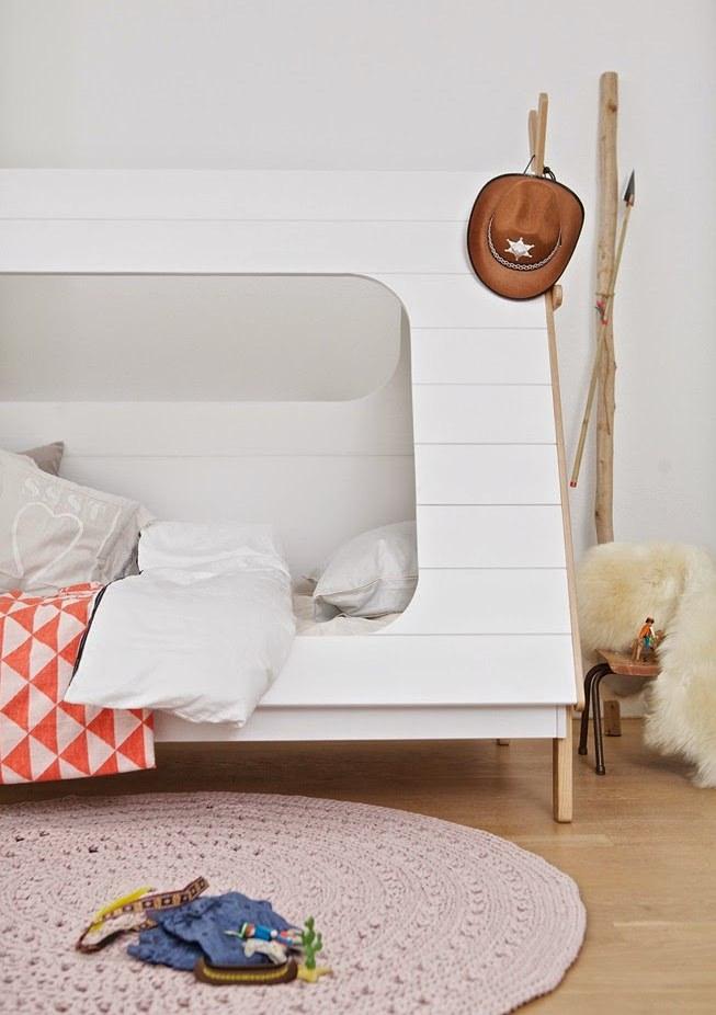 wood-scandinavian-kids-furniture2