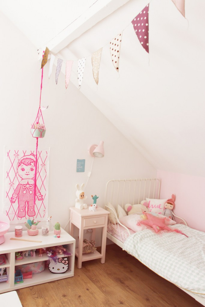 Cute girl's room with pink tones