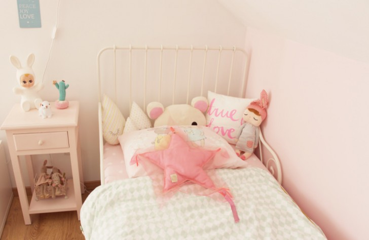lovely-pink-girl-room2