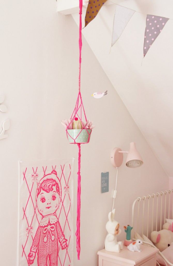 lovely-pink-girl-room3