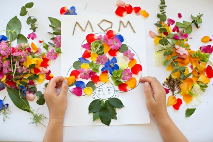 5 Easy Mother S Day Crafts Projects For Kids And Adults Petit Small