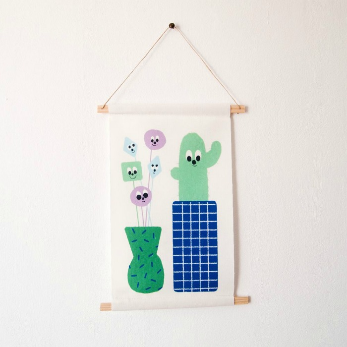 wall-hanging-guimo