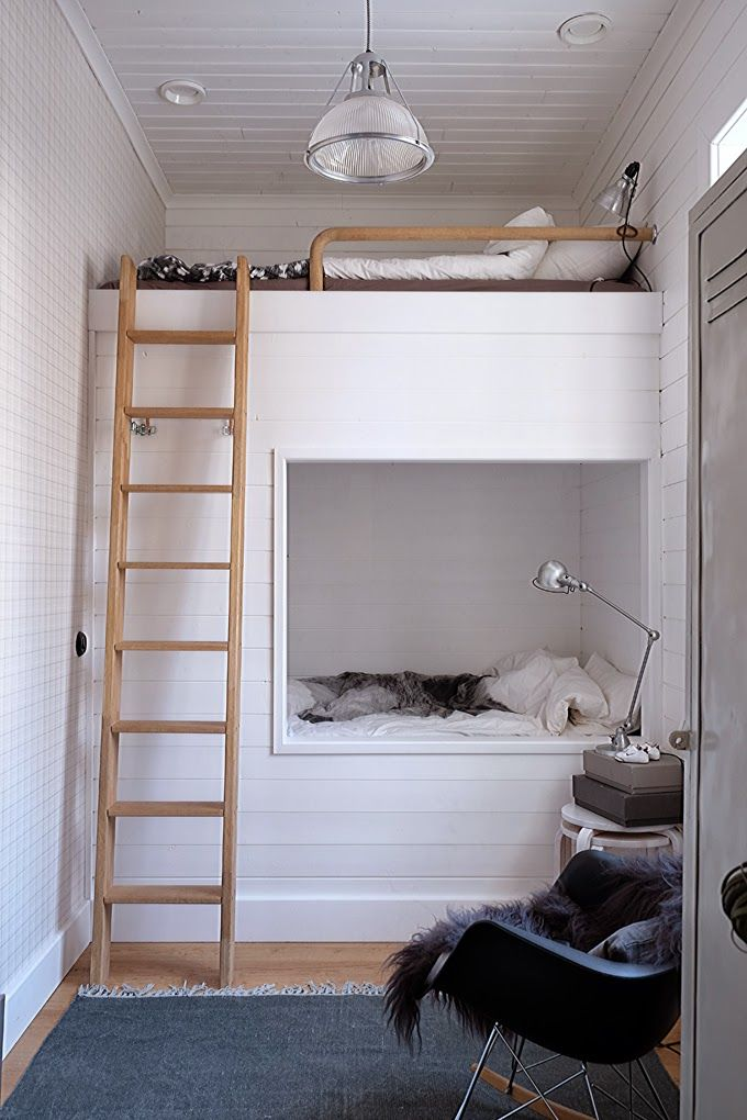 white-bunk-bed