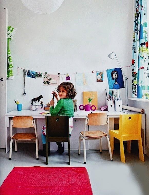 inspiring-study-tables-for-kids7