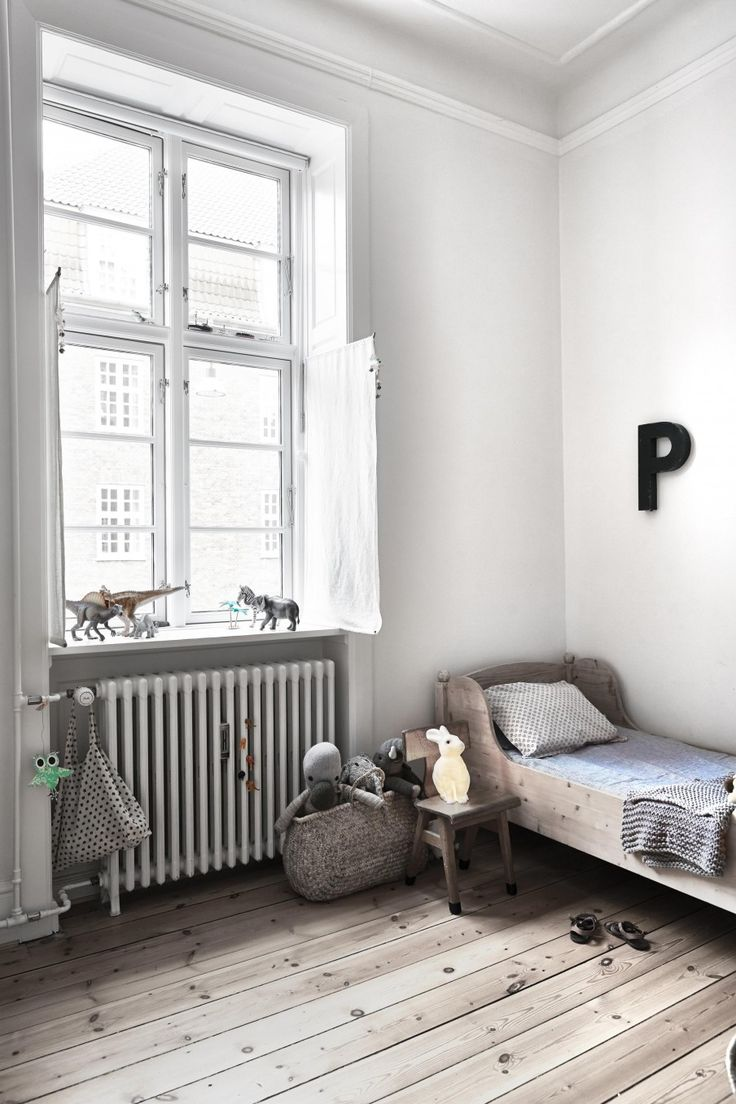 White Simple Beautiful Kid S Rooms Petit Amp Small