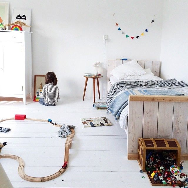White Simple Beautiful Kid 39 S Rooms Petit Small