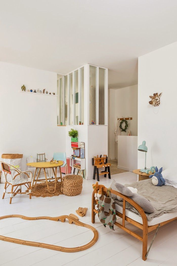Kids Room With Natural Materials