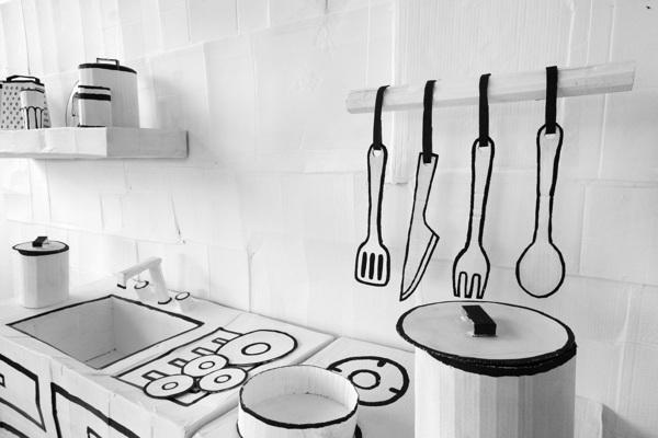 craft-cardboard-kitchen