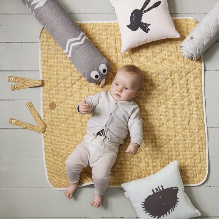 ferm living aw15 petit small. Black Bedroom Furniture Sets. Home Design Ideas