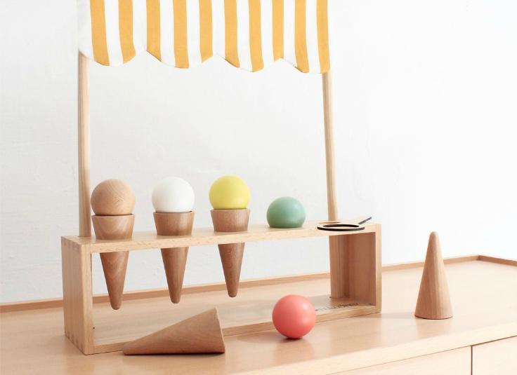 wooden-toy-Nobodinoz