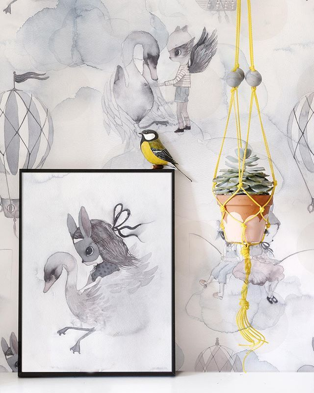 Mrs-Mighetto-Jimmy-Cricket-wallpaper-decor3