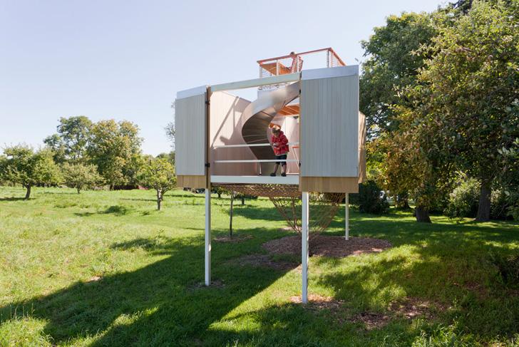 Exterior Playhouse with a Modern Design