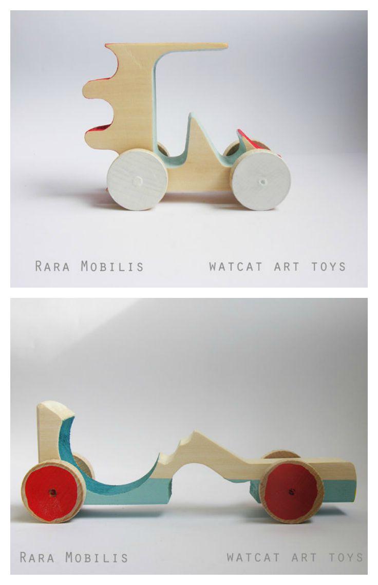 rara-mobilis-wood-toy