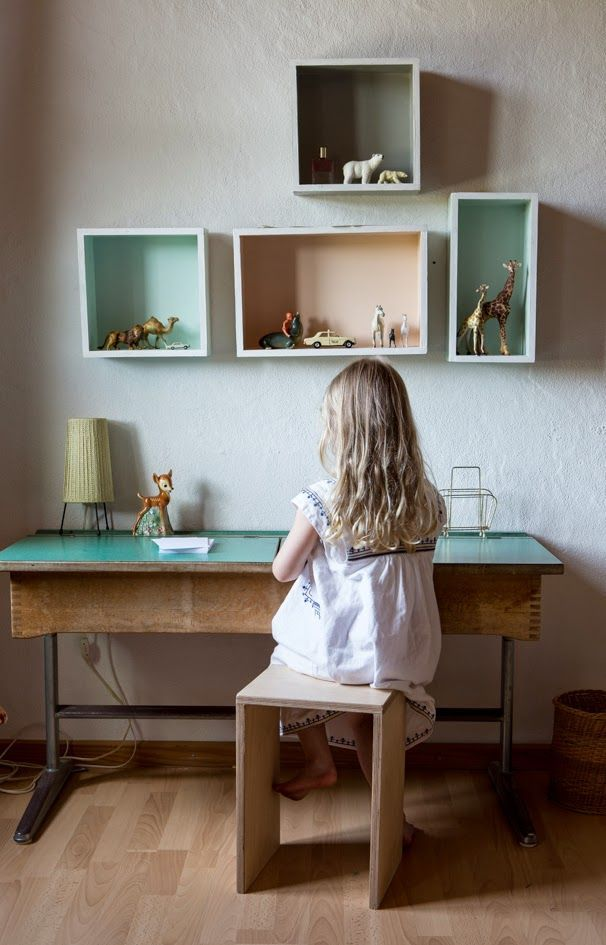 vintage-desks-for-kids1 - 6 Old School Desks - Petit & Small