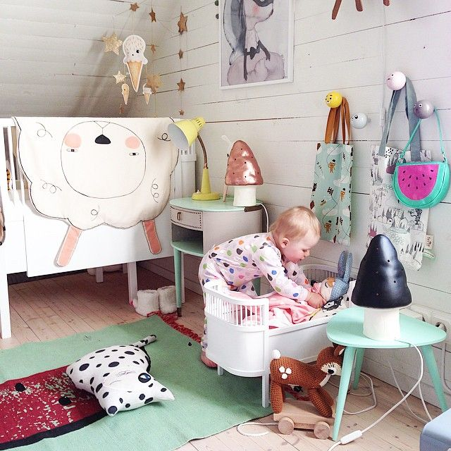cheerful-kids-room